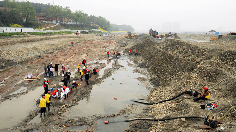 10,000 pieces of 300yo gold & silver treasure found in Chinese river (PHOTOS)