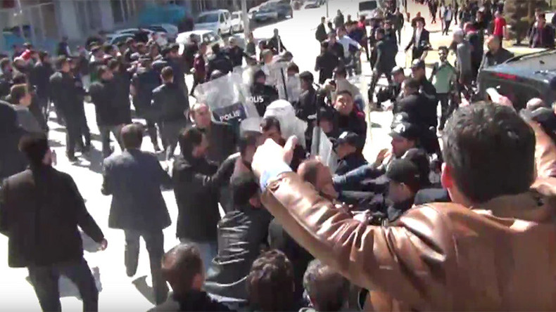 'An attack on democracy': Mass brawl at opposition rally ahead of Turkey referendum (VIDEO)