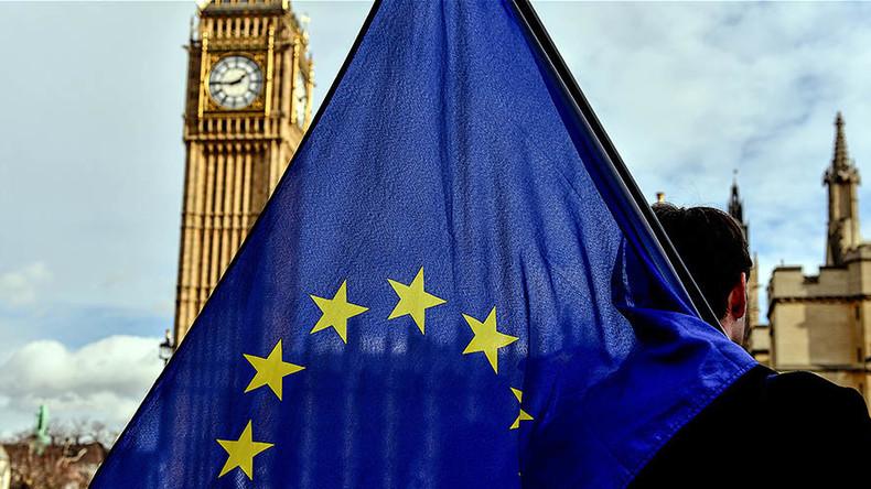 No talks on free-trade until £52bn Brexit bill is settled, EU tells Britain