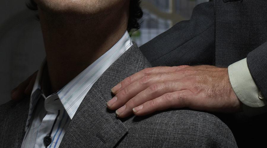 MI6 plans return to 'tap on shoulder' spy recruiting