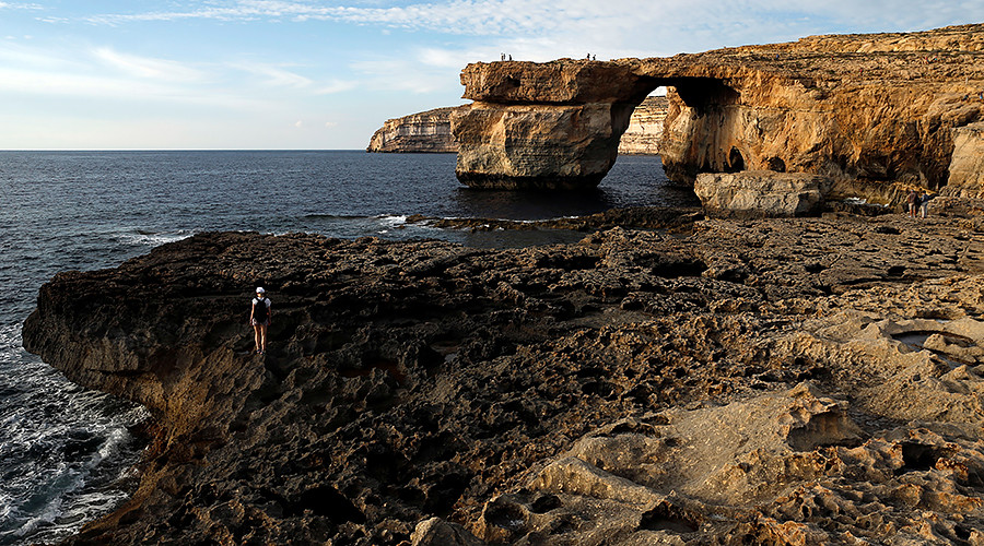 Iconic Maltese arch featured in 'Game of Thrones' collapses (PHOTOS)