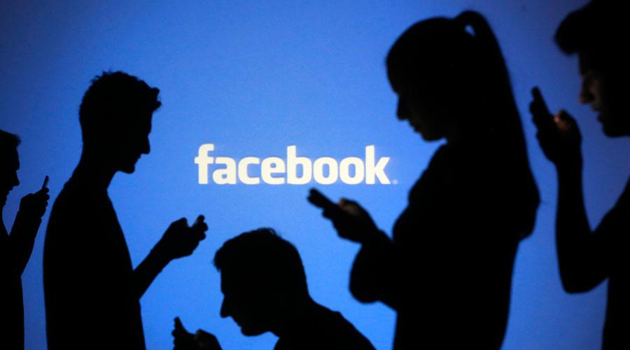 Fake news 'flourishes' on Facebook & Google, say publishers