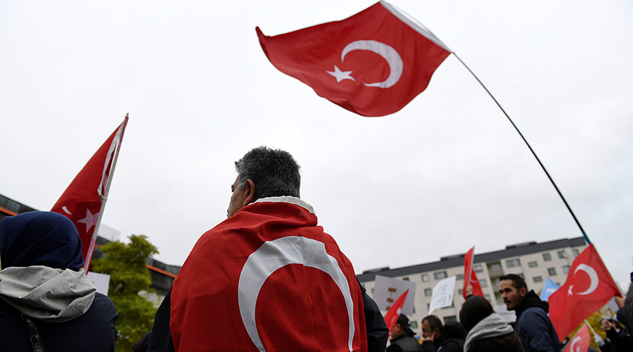 Turkish rally in Sweden derailed amidst Ankara's referendum row with Europe