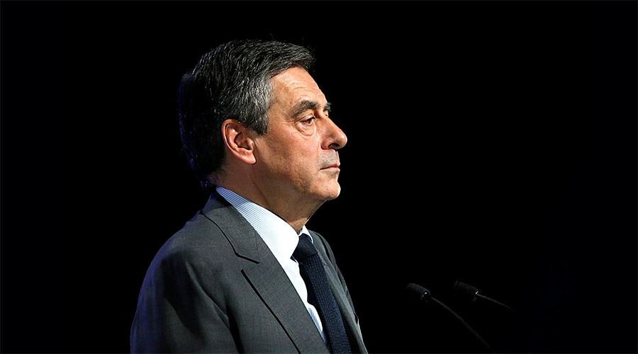 EU only hardened Russia with sanctions, now 'we must talk' – French presidential hopeful Fillon
