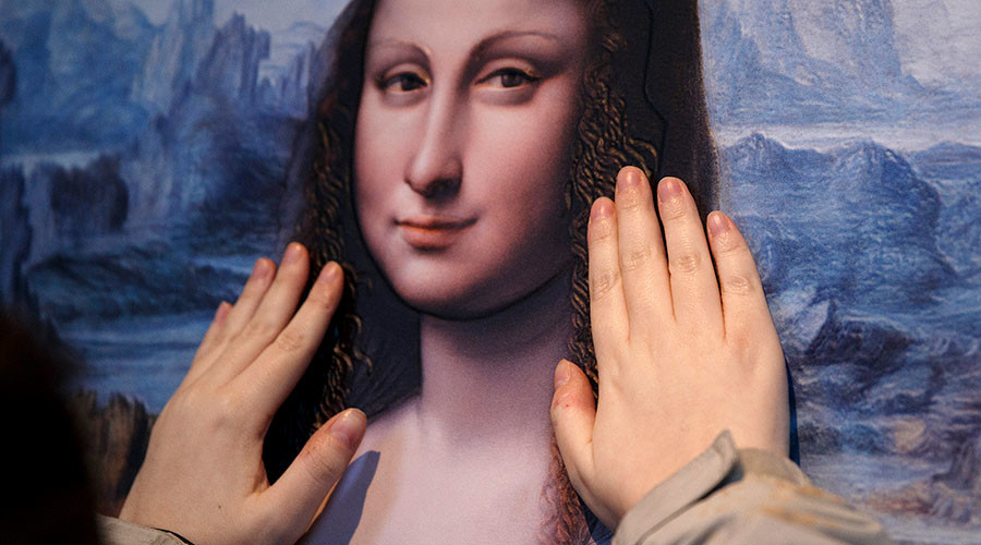 Why so serious? Mona Lisa is smiling says science