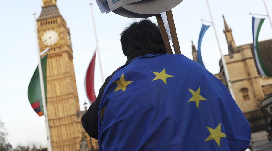 Brussels backs down on £52bn Brexit divorce bill