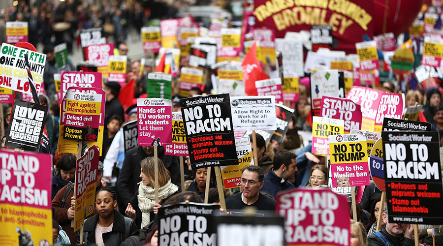 'No to racism': Around 30K take part in London march against discrimination (VIDEO)
