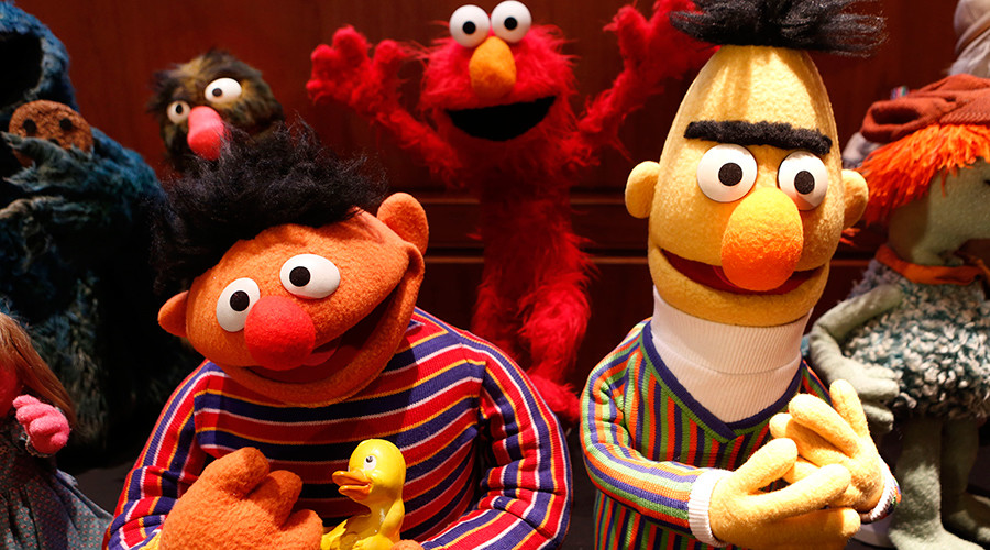 'Sesame Street' introduces autistic character days after Trump's budget threat (VIDEOS)