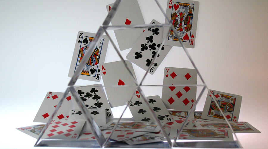 China sits on financial house of cards - OECD