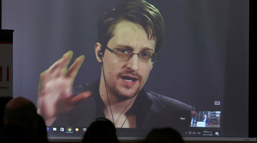 Edward Snowden talks Russia, 'spy' microwaves & web security at tech conference