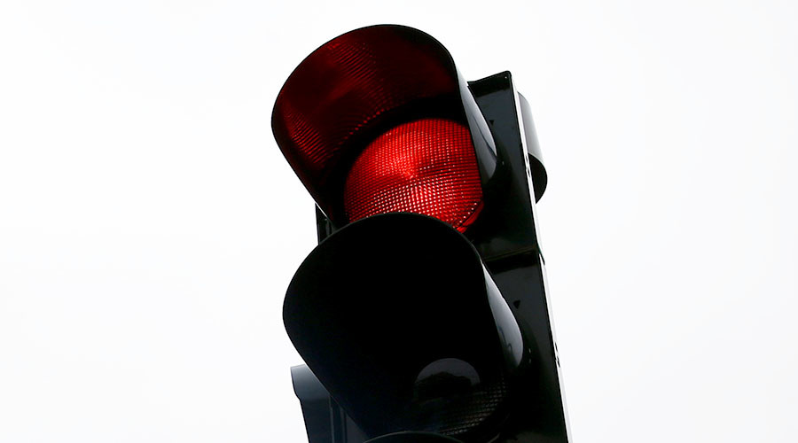 Red light, green light? Ohio accidentally legalizes running stop lights
