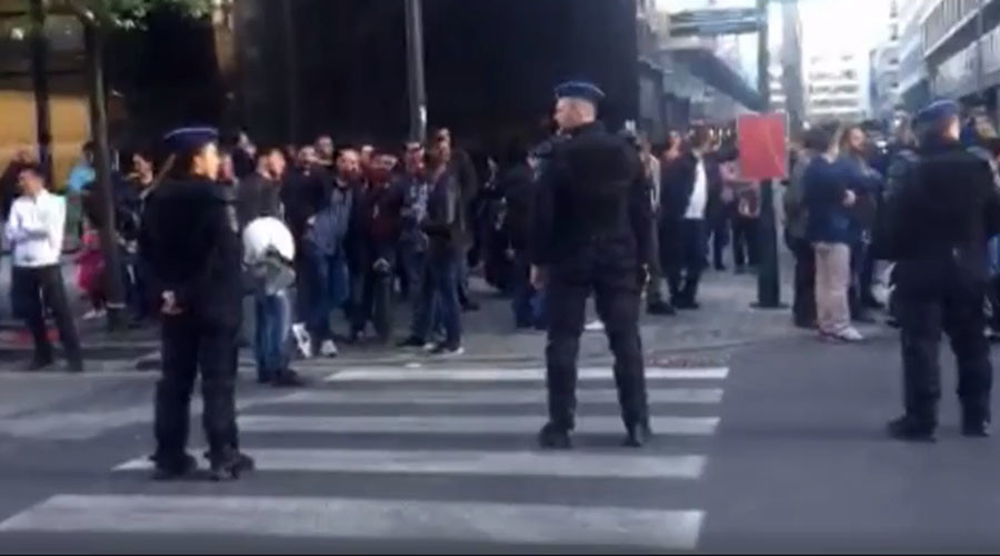 Kurdish voters stabbed outside Turkish consulate in Brussels – reports (VIDEO)