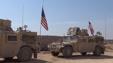 Hundreds of US marines deployed to Syria filmed on the move ahead of Raqqa operation (VIDEO)
