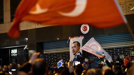 Dutch PM to Turkey: Sanctions talk 'bizarre,' Netherlands has more reasons to be 'very angry'