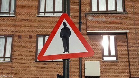 'Beware of the Jews' road sign hoax causes outrage in North London Orthodox enclave