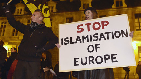 'Netherlands is our country': Right-wing Wilders leads march 'against Islamisation' (VIDEO)