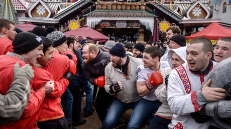 'We're looking to sue Daily Mirror' – Russian pancake festival fight organizers on hooligan claims