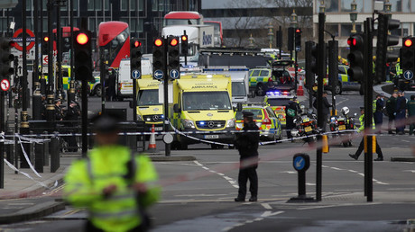 Police confirm 4 dead, 40 injured in Westminster attack, 'Islamic terrorism' assumed as motive