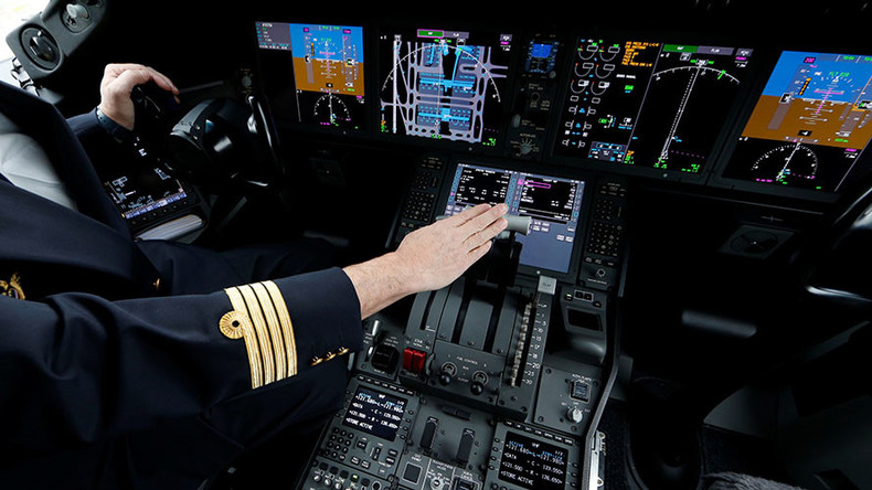 Pilots' poor English could cause air disasters, study finds