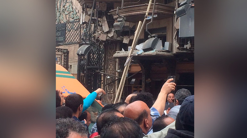 Dramatic images and video from Egypt in wake of church attacks (PHOTOS, VIDEO)