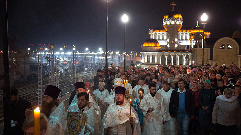 Orthodox & Catholic Christians celebrate Easter on same day in rare convergence (VIDEO, PHOTOS)