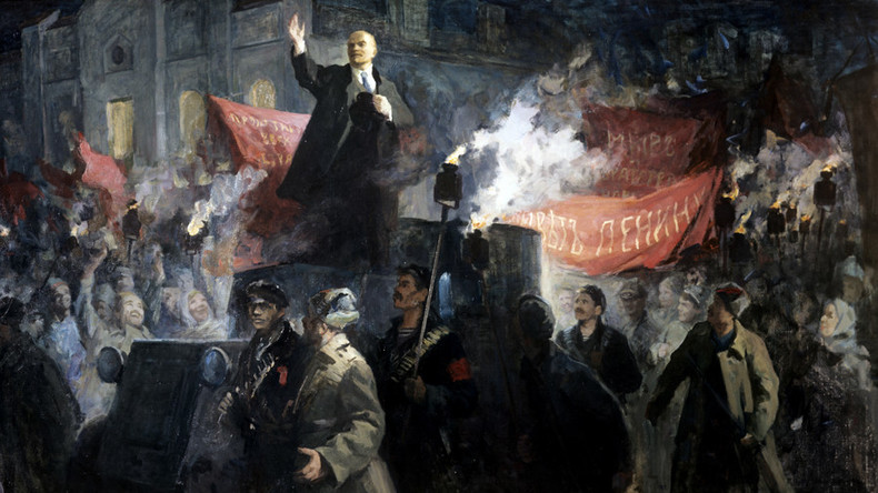 #1917LIVE: Lenin arrives in Petrograd to join the Russian Revolution