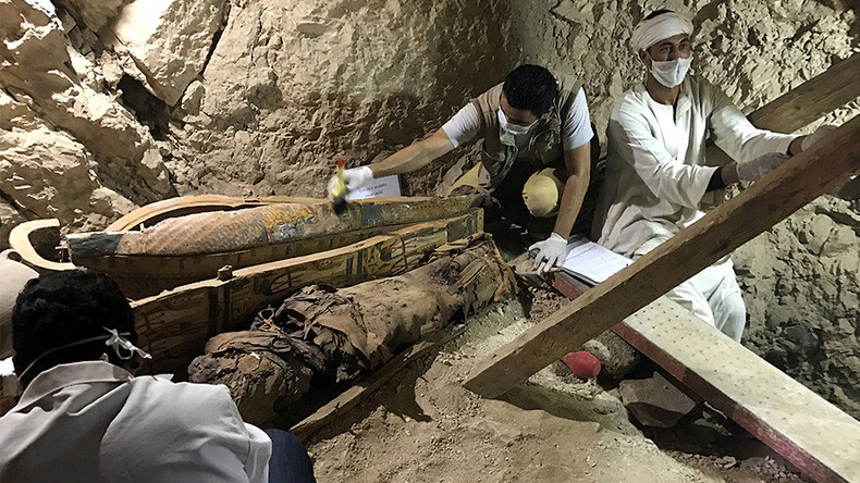 Ancient Egyptian tomb discovered with mummies, funerary statues near Luxor (PHOTOS)