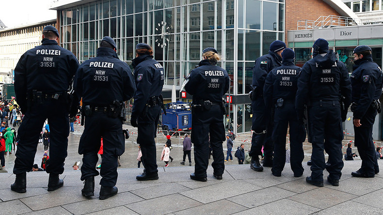 Cologne imposes no-fly zone as 50,000 left-wing activists plan to block AfD congress