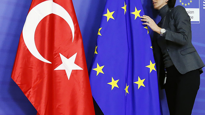 'Stop, don't pause!' Top German politicians call for end to EU-Turkey talks