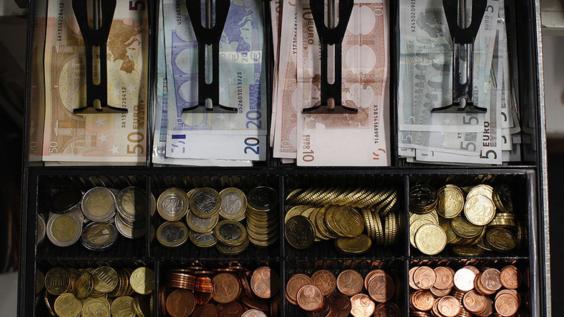 1 in 3 Europeans ready to dump cash ahead of digital future