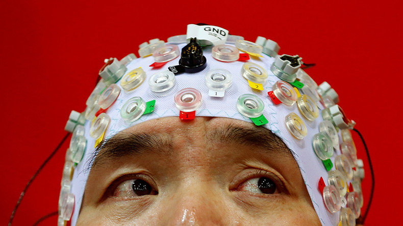 Mind hacking: Scientists want new laws to stop our thoughts from being stolen