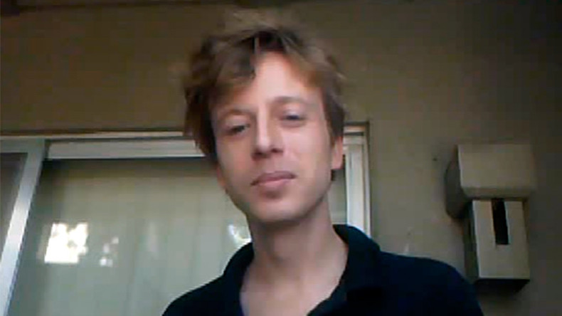 'Terrible affront to 1st Amendment': Journalist Barrett Brown re-arrested amid media tour