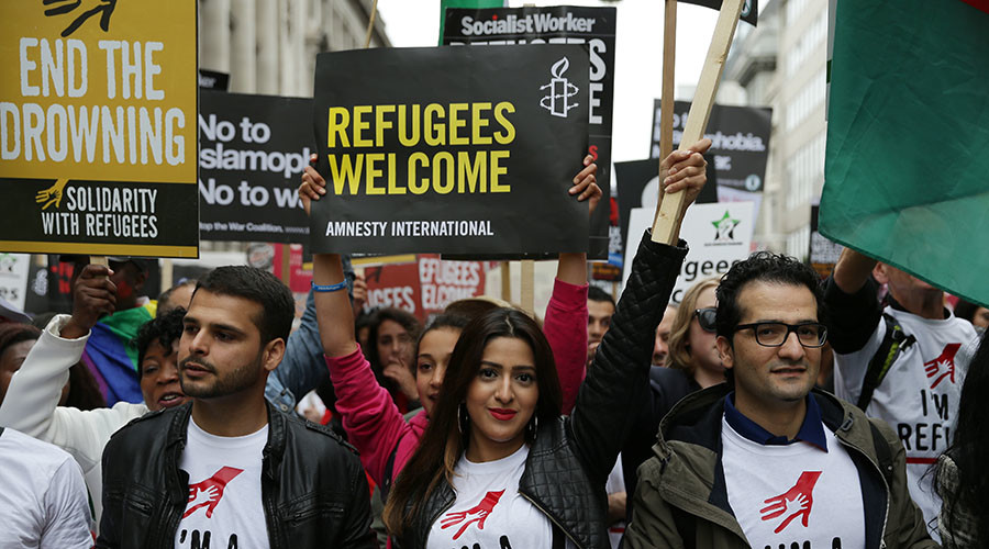 Oppose immigration? You're probably a really unhappy person, study suggests