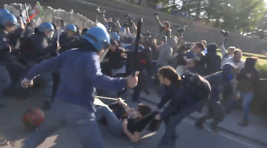 Protesters clash with police at G7 summit in Italy (VIDEO)