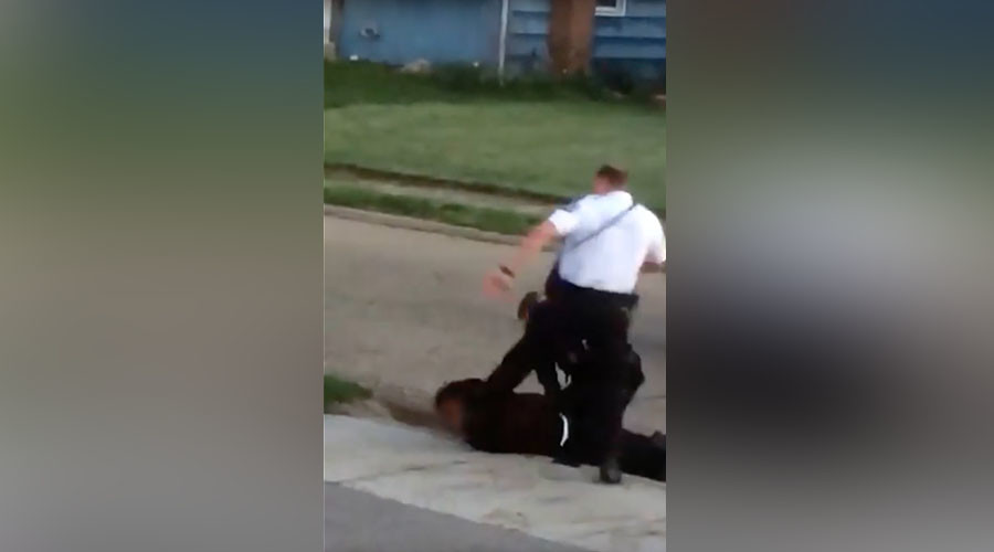 Ohio officer curb-stomps handcuffed arrestee weeks after avoiding indictment
