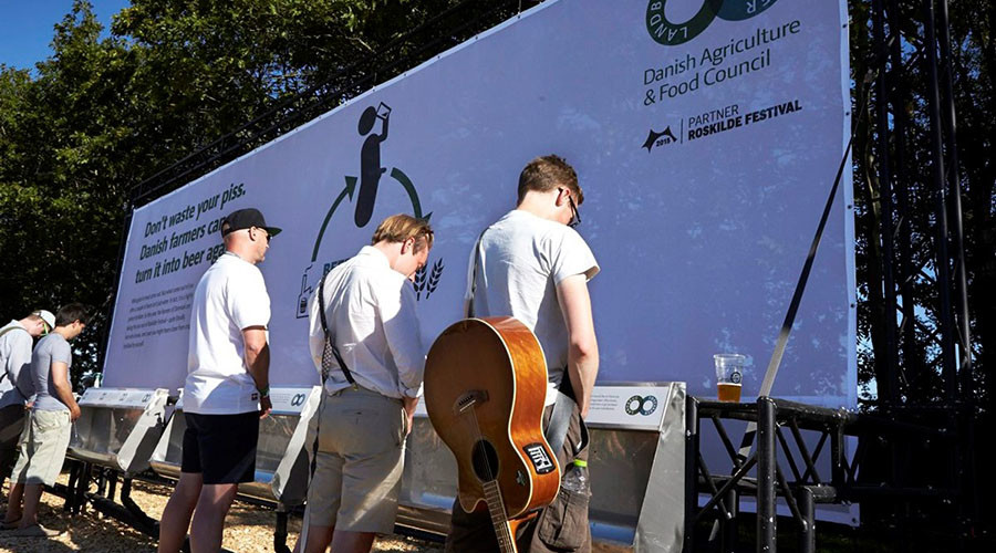 'Beercycling': Help the environment by urinating at Denmark's Roskilde Festival (VIDEO)