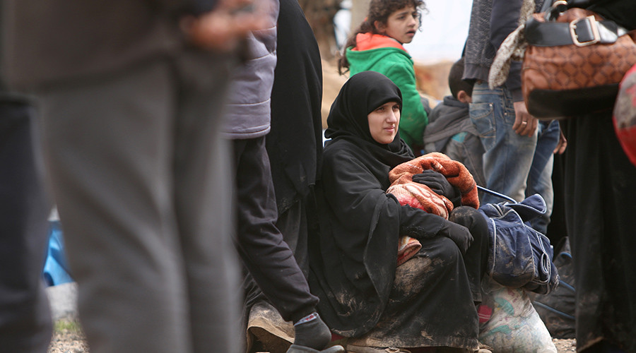 Humanitarian hypocrites: 20mn face starvation but Western focus is on Putin and Assad