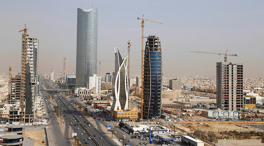 Saudi Arabia to shelve infrastructure projects costing billions as cheap oil bites