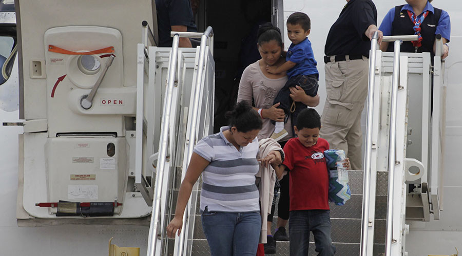 Boy brought from Honduras illegally has no right to govt-funded lawyer, court rules
