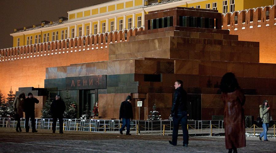 Putin: Communist ideology similar to Christianity, Lenin's body like saintly relics