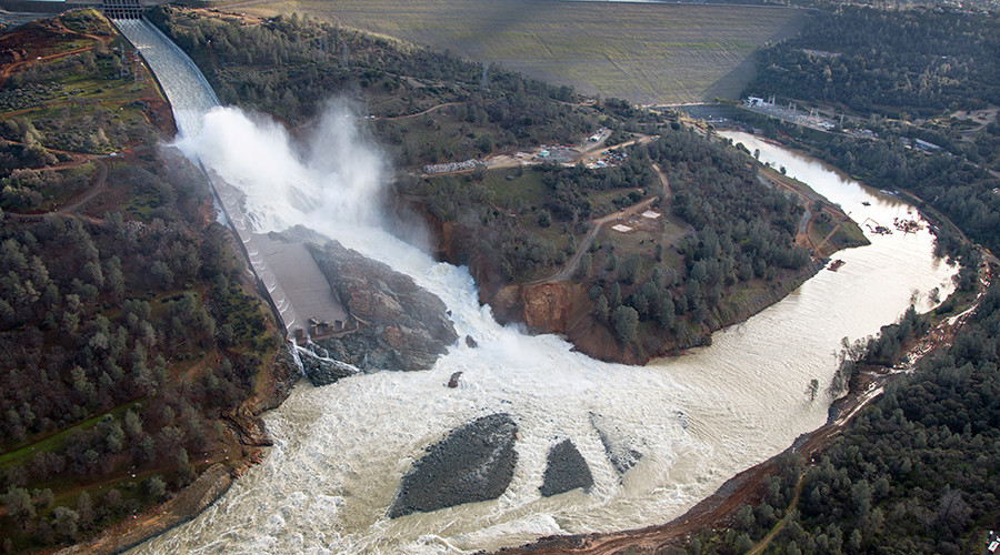 'This is not good': Probe reveals mistakes in handling rupture at Oroville Dam