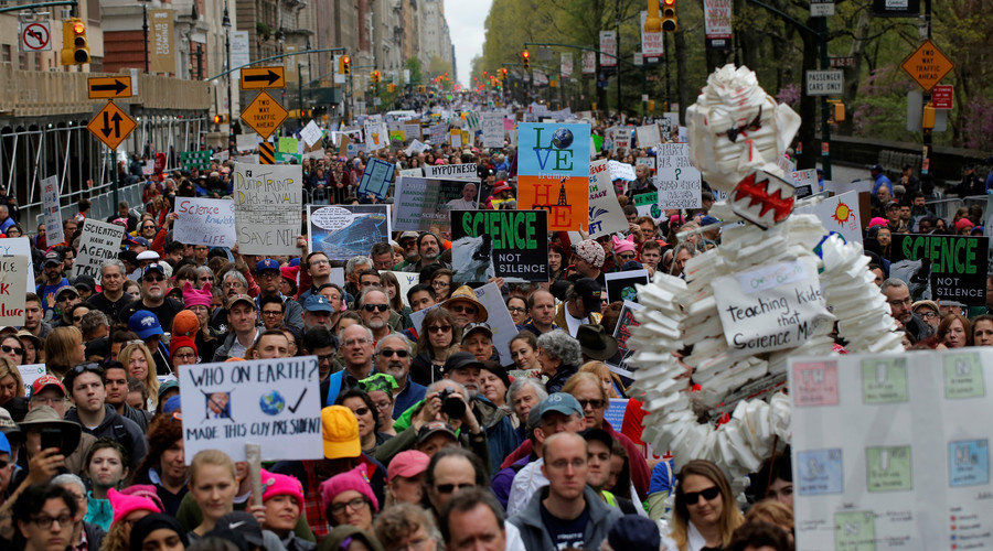 #MarchForScience: Thousands protest in over 600 cities around the world (VIDEO)