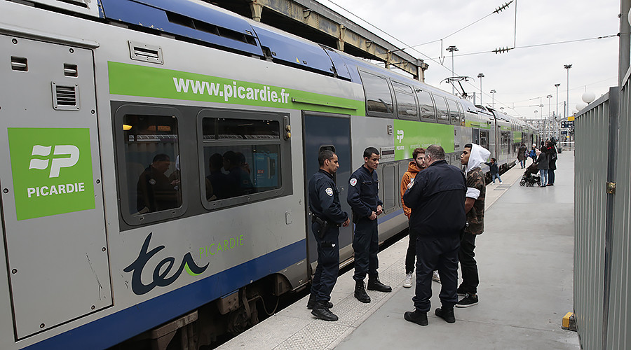 Paris Nord train station evacuated, man arrested after knife threats – reports (PHOTO, VIDEO)