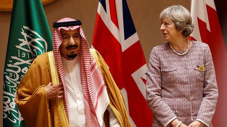 British Prime Minister Theresa May (R) and Saudi King Salman bin Abulaziz Al-Saud (L). ©Hamad I Mohammed