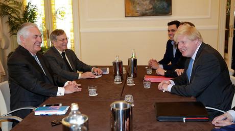 U.S. Secretary of State Rex Tillerson (L) and Britain's Foreign Secretary Boris Johnson. ©Max Rossi
