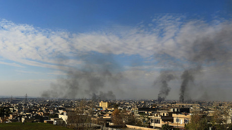 FILE PHOTO Smoke rises from clashes during a battle with Islamic State militants in the Mithaq district of eastern Mosul, Iraq © Thaier Al-Sudani