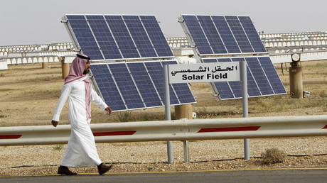 Saudi Arabia pushes for solar energy project to create thousands of jobs