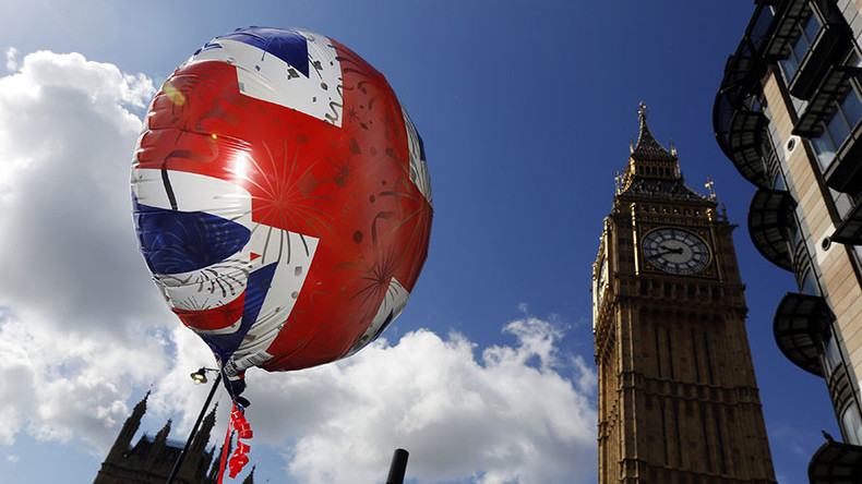 Britain rejects ballooning Brexit divorce bill of over €100bn