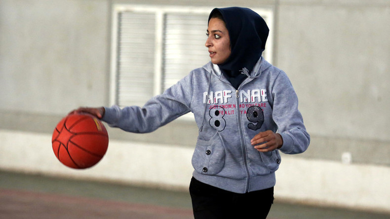Hijabs allowed for basketball players under new governing body ruling