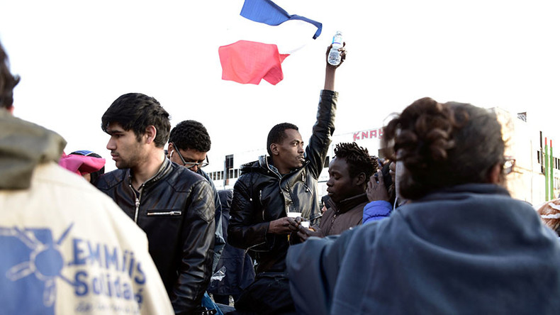 French police clear up to 1,600 migrants from camp in Paris